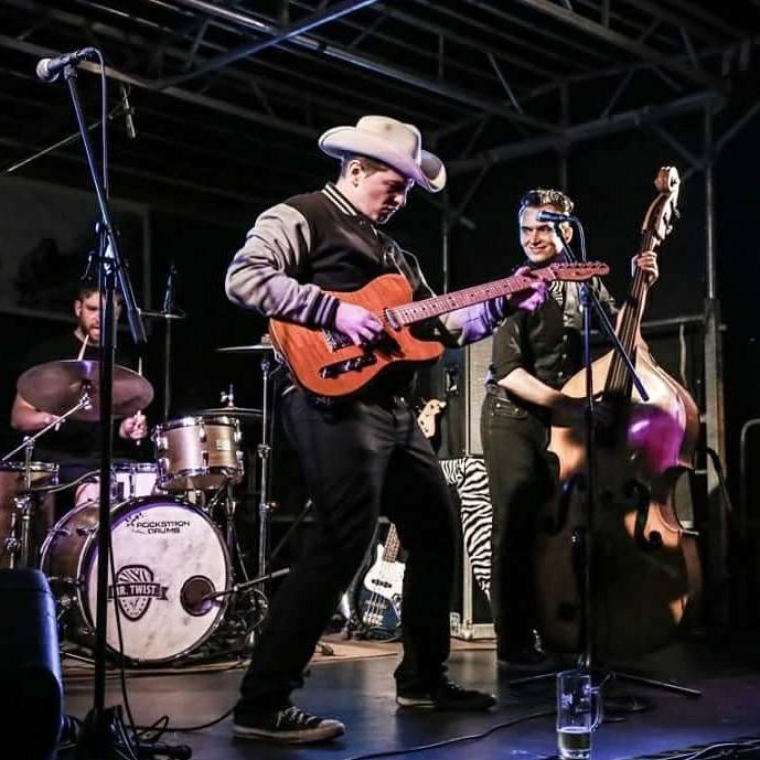 Dessau Cadillac Mr. Twist Trio