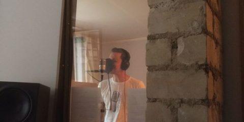 Work in progress late at night: Preston singt gerade unsere zukünftigen Welthits