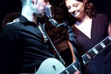 Am Wochenende: Chemnitz & Dresden! Die adrette Sängerin Lesly K. hat die Herren